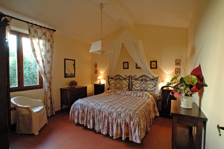 Appartamenti in residence per vacanze in toscana for Piani letto della fattoria