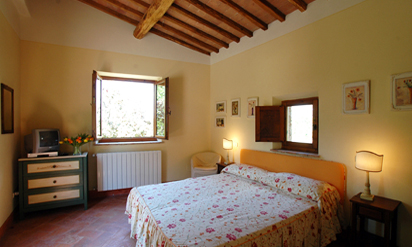 Tuscan countryside apartments :: Fattoria Catignano